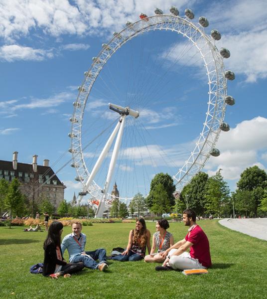 English Courses in London, UK | Language Studies ...